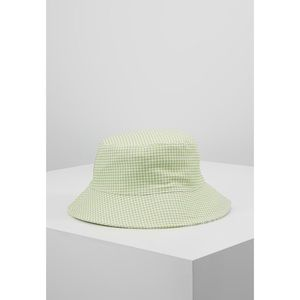 NEW! Urban Outfitters Green Gingham Bucket Hat